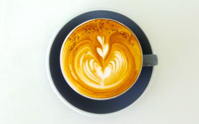 Waarom je het beste 1 kop ècht goeie koffie per dag kunt drinken + twee alternatieven
