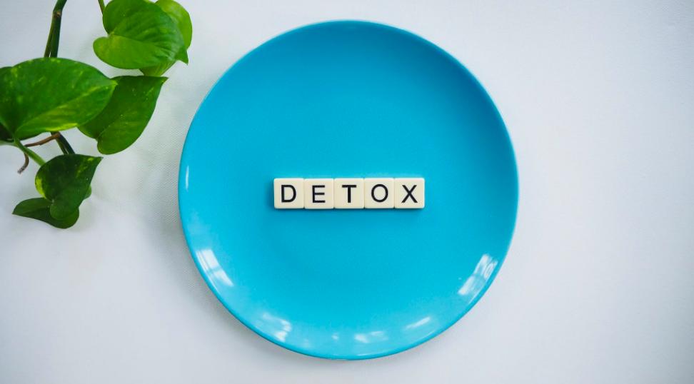 Detoxen: even op de reset knop drukken door je lijf te ontgiften